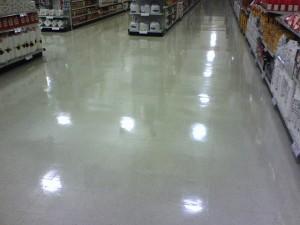 poliurea-pavimento-supermercado